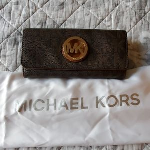 Michael Kors snap leather wallet